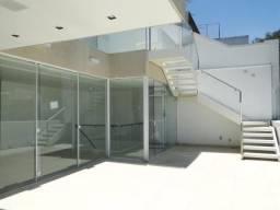 Cobertura de 700 m², simplesmente deslumbrante, c/ 4 suítes e lindíssima piscina