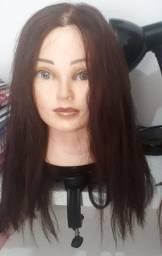Vendo cabeça de boneca para treino de cabeleireiro.