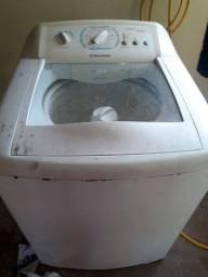 Lava roupas faz tudo pra  consertar ou tira peças.
