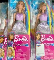 Bonecas Barbie novas na caixa lacradas
