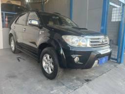 Toyota / Hilux Sw4 Srv 4x4 3.0 Dies. Aut. 2009 7 Lugares