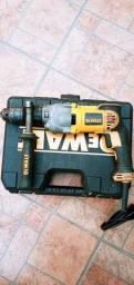 Furadeira e parafusadeira dewalt 5/8 mandril 16mm 220volts