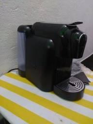Vendo máquina de café expresso delta Q
