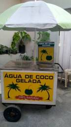 Carrinho de água de coco
