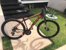 Bike / Bicicleta aro 29 First cambios Shimano