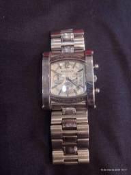 Vendo lindo relógio
