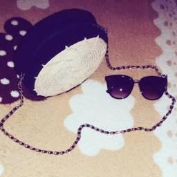 Bolsa redonda de palha com crochê