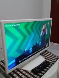TV led LG 22 p / full HD/ HDMI usb / nova!