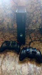 Xbox 360 2 controles desbloqueado atualizado com 2 jogos