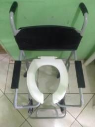 Cadeira de roda e de banho