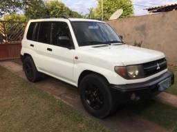 Mitsubishi Pajero - 2000