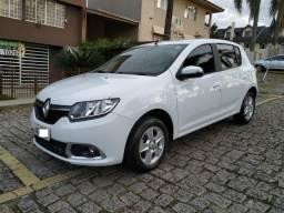Renault Sandero 1.6 Dynamique - Completo - Km baixa - 2015