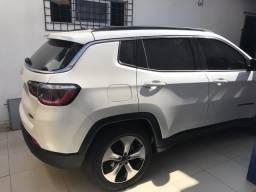 Jeep Compass Longitude com teto solar - 2018
