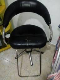 Vendo uma cadeira para salão de beleza