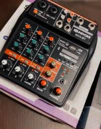 Mesa de Som/Interface de Audio - Sound Voice MC4-BT