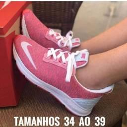 Tênis Nike Boost Perfeito e Leve