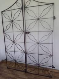 Portão ferro