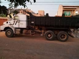 Alugo caminhão caçamba truck