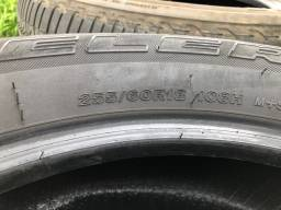 Pneus Bridgestone Dueler 255/60 R18