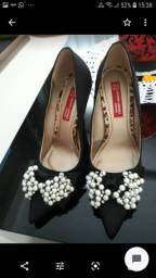 Sapato scarpin festa com pérolas
