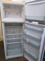 Geladeira Frost Free Brastemp 320 litros