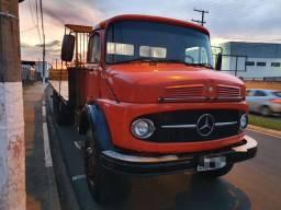 MB 1513 ano 1975 alemão caminhões Itapetininga