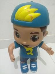 Boneco do Lucas neto