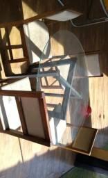 Mesa de ferro preto com vidro 1,20