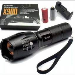 Lanterna tática militar X900.