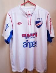 Camisa Nacional de Montevidéu.