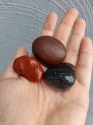 Vendo pra quem gosta de pedras diferentes