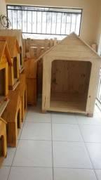 Vende se casinhas para cachorros