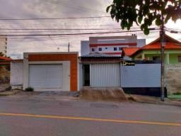 Casa + Loja na Rua Principal do Bairro da Liberdade !!!