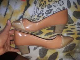 Vendo essa sandália tamanho 40