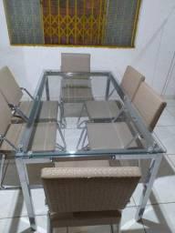 Vender logo: Mesa de vidro com 6 cadeiras - 1,60m por 90cm
