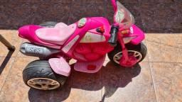 Moto elétrica infantil da Barbie