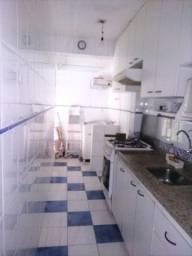 Vende-se sala living dividida quarto/sala na biquinha em São Vicente