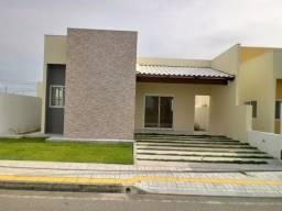 Lindas casas de dois e três quartos no Residencial Vila dos Ventos