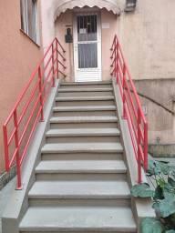 J7 - Ref 2131 - Exc. Apartamento de 2/4, c/ Garagem no Bairro Nova Benfica - R$110.000,00