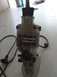 Máquina de corte RGT