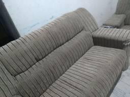 Conjunto de sofá novo.