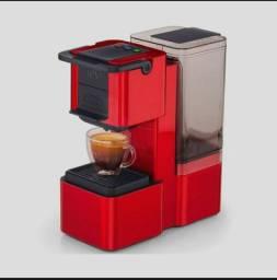 Cafeteira três corações - Usada apenas duas vez (Com caixa e NF)