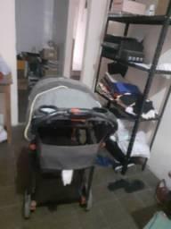 Vendo carrinho de bebê de gêmeos