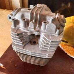 Parte de cima motor de CBX 200 (strada)