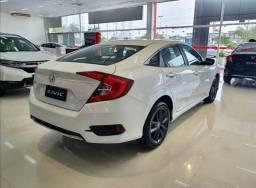 Honda sivic  Ent R$20.000 + parcelas a combinar.