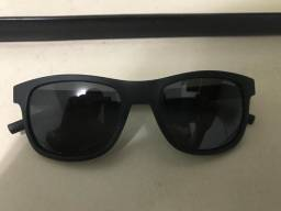 Óculos Unissex Polaroid - Ótimo Estado