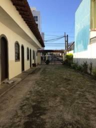 Suíte mobiliada no bairro Recreio.