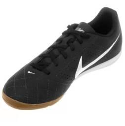 Chuteira Nike Preta Semi-Nova