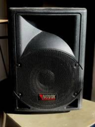 Caixa Ativa Novik 8 polegadas 100W (1 ano de uso)