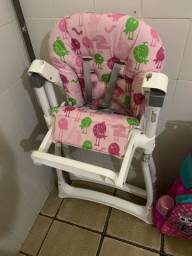 Cadeira de bebê para alimentação